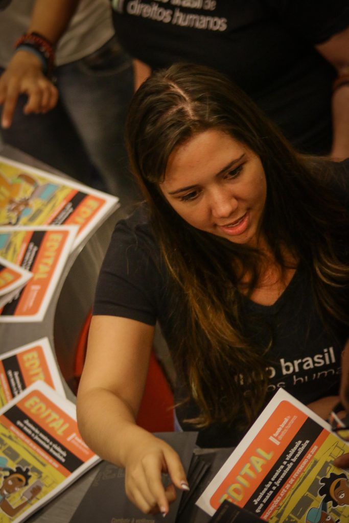 2015 - Musical Dialogues - Leticia Sabatella - Launch of Calls for Proposals (São Paulo)