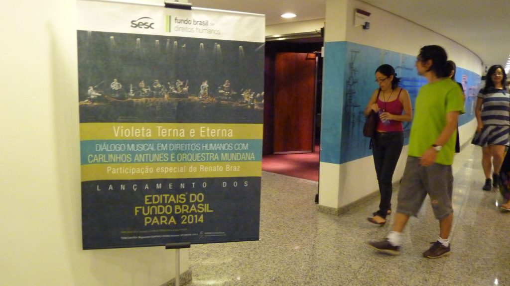 2013 - Musical Dialogues - Carlinhos Antunes and the Orquesta Mundana, including a guest appearance by Renato Braz - Launch of Calls for Proposals (São Paulo)